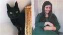 Mulher reencontra o seu gato que esteve desaparecido por 8 anos. (Foto: Reprodução/PA)