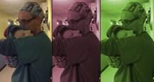 Veterinário embala cachorrinha como uma criança para ela se acalme após cirurgia (Muito Emocionante)