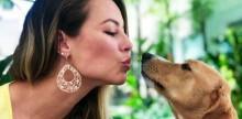 """Paolla Oliveira: """"Adotar é um ato lindo ao falar sobre seus animais"""""""