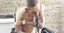 Idoso internado recebe visita especial de sua calopsita em Votuporanga (SP)