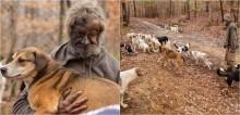 Homem sem-teto só aceita morar em abrigo após ter certeza que seus 31 cães seriam acolhidos
