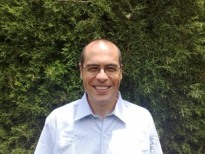 Professor Stelio Pacca Loureiro Luna, médico veterinário docente na Unesp. (Foto: Arquivo pessoal)