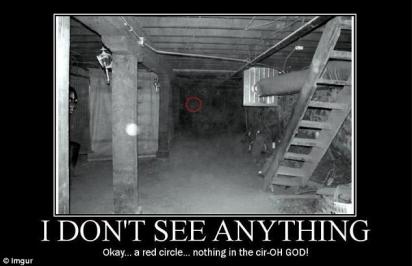 Desafio: encontrar algo assustador. (Foto: Imgur)