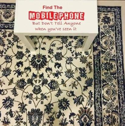 Desafio: encontrar o celular. (Foto: Jeya May Cruz)