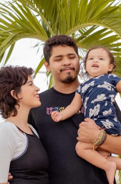 Lawria Melo com o marido e a filha Annabell. (Foto: Arquivo Pessoal/Lawria Melo)