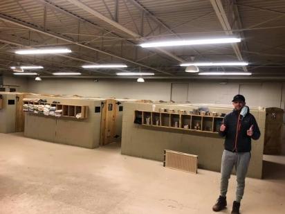 O abrigo estava construindo uma nova sede, mesmo as instalações não estando pronta os animais foram encaminhados para o local. (Foto: Facebook/ W-Underdogs)