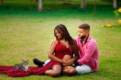 Camila Adrieli pediu para o fotógrafo João Vitor Polinario que incluisse o gatinho Dexter na foto.