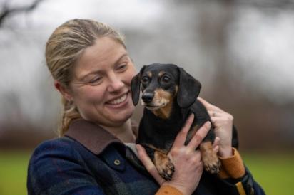 A cadelinha Pip é muito amada pela sua dona Joanna Day.