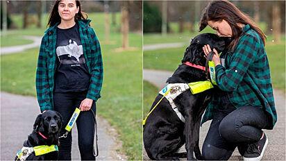 Homem tenta furtar cadela-guia de deficiente visual, mas desiste ao ser questionado pela jovem.