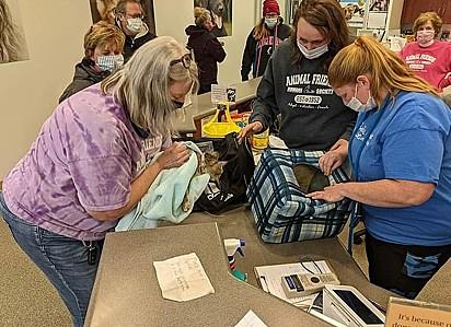 Os gatinhos foram encaminhados para o centro de resgate Animal Friends Human Society.
