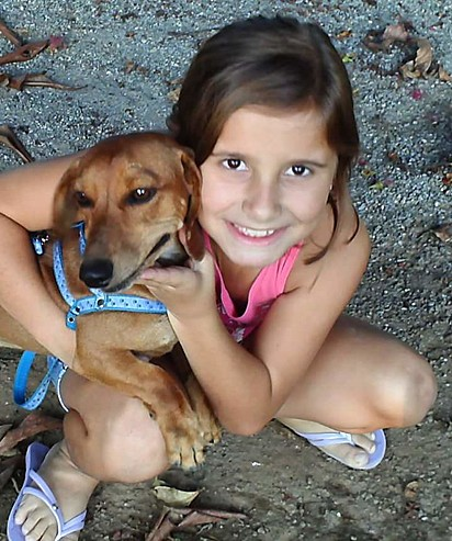 Thaiany e Scooby na infância.