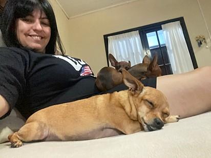 Lucy com suas princesas.