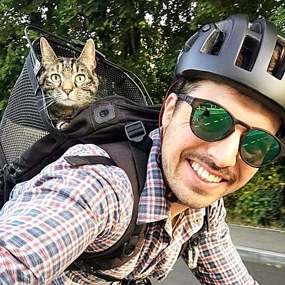 Partiu passeio de bicicleta.