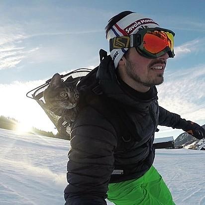 E claro, que esquiar não poderia faltar.