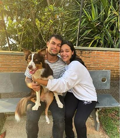 O casal encontrou o cão após quase cinco dias de desaparecimento.