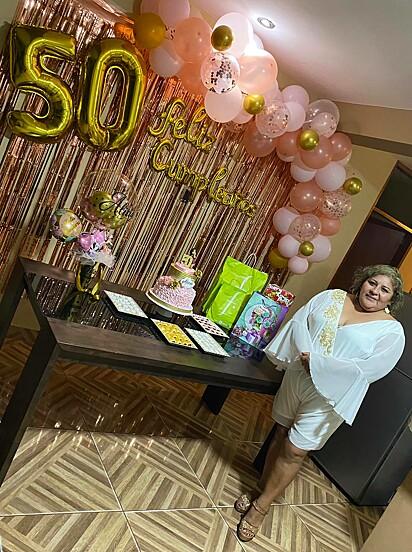 Alivia estava comemorando 50 anos de vida.