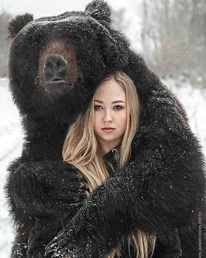 Um verdadeiro abraço de urso.