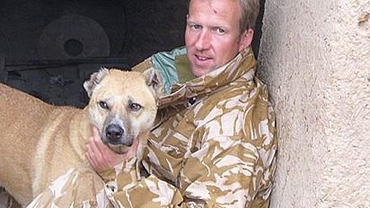 Pen Farthing, um ex-fuzileiro naval e fundador de uma ONG registrada no Reino Unido e situada no Afeganistão.