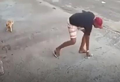 Ladrão desiste do assalto e vai embora