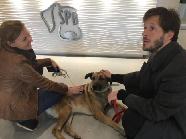 Olivia deixando Rubio aos cuidados da SPB